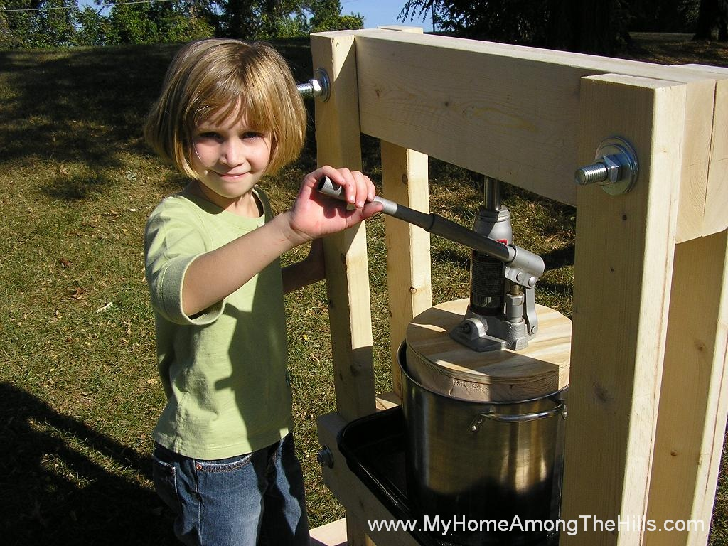 how to make an oil press at home